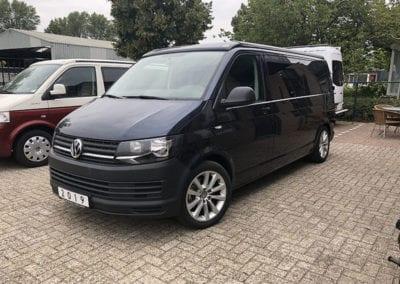 CMC Nederland - Slaaphefdak Multivan en Volkswagen Transporter 5 / 6 - Donkerblauw voorkant